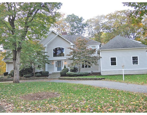 Single Family Home for Sale at 40 Chiltern Road 40 Chiltern Road Weston, Massachusetts 02493 United States