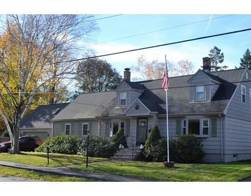 Частный односемейный дом для того Продажа на 37 Tower Street 37 Tower Street Dedham, Массачусетс 02026 Соединенные Штаты