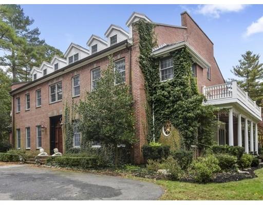 Maison unifamiliale pour l à louer à 587 Gay Street 587 Gay Street Westwood, Massachusetts 02090 États-Unis