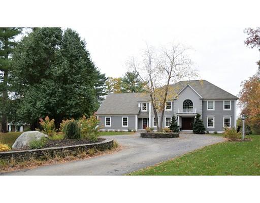 Частный односемейный дом для того Продажа на 83 Carriage Way 83 Carriage Way Sudbury, Массачусетс 01776 Соединенные Штаты