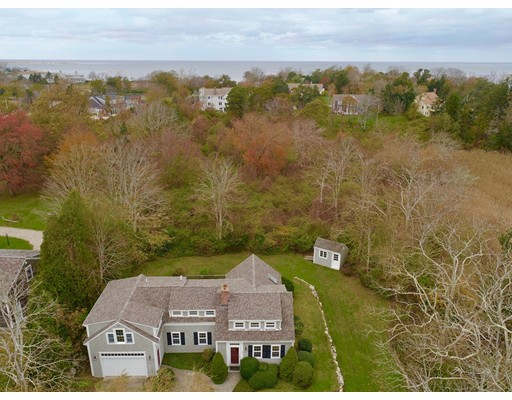 Casa Unifamiliar por un Venta en 42 Mill Lane 42 Mill Lane Yarmouth, Massachusetts 02675 Estados Unidos