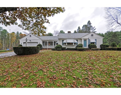 Single Family Home for Sale at 55 Cedar Street 55 Cedar Street Foxboro, Massachusetts 02035 United States