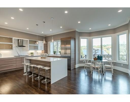 独户住宅 为 销售 在 420 Dudley Road 420 Dudley Road 牛顿, 马萨诸塞州 02459 美国