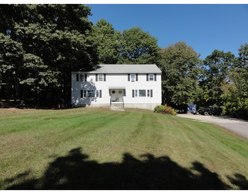 Single Family Home for Sale at 3 Twin Meadow 3 Twin Meadow Hudson, New Hampshire 03051 United States