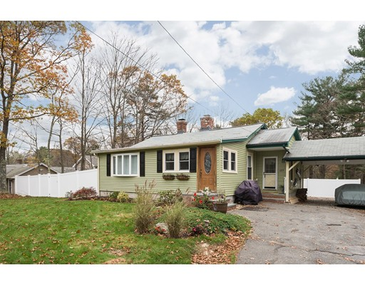 Single Family Home for Sale at 123 North Street 123 North Street Foxboro, Massachusetts 02035 United States