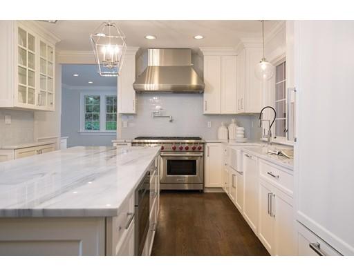 Single Family Home for Sale at 21 Kewadin Road 21 Kewadin Road Newton, Massachusetts 02468 United States