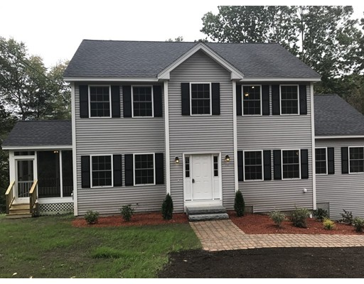 Single Family Home for Sale at 150 Acton Road 150 Acton Road Chelmsford, Massachusetts 01824 United States