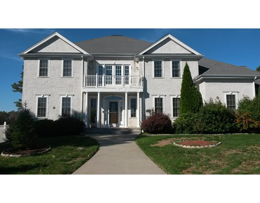 Casa Unifamiliar por un Venta en 29 Old Farm Road Norwood, Massachusetts 02062 Estados Unidos