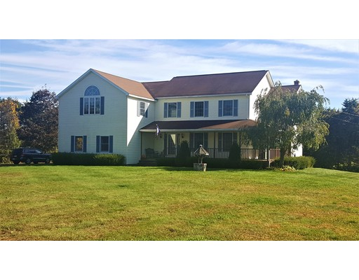 Single Family Home for Sale at 520 Main Street 520 Main Street Hatfield, Massachusetts 01038 United States