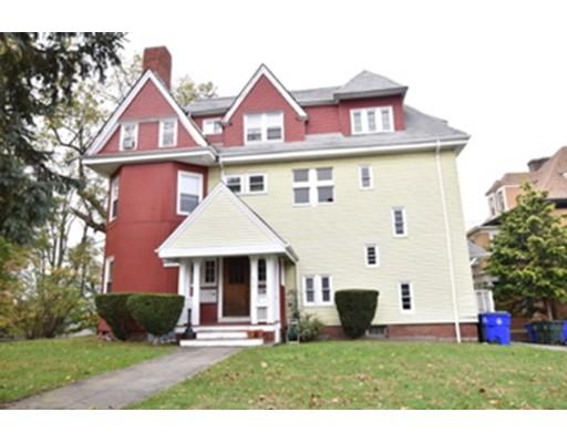 独户住宅 为 出租 在 604 Rock Fall River, 02721 美国