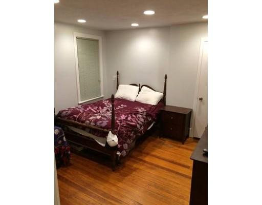 独户住宅 为 出租 在 25 Cherry 梅福德, 02155 美国
