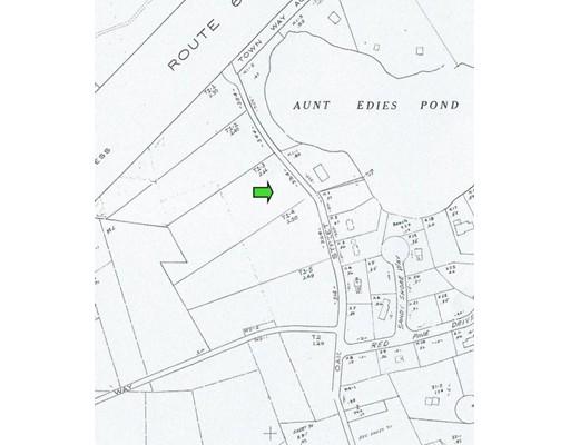 Terrain pour l Vente à 334 Oak Street 334 Oak Street Harwich, Massachusetts 02645 États-Unis