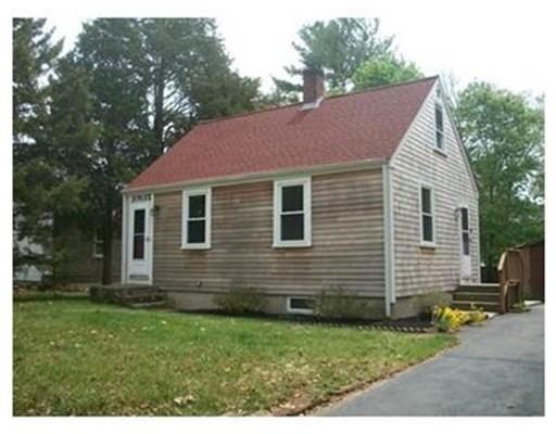 Частный односемейный дом для того Аренда на 30 Park St #0 30 Park St #0 Mattapoisett, Массачусетс 02739 Соединенные Штаты