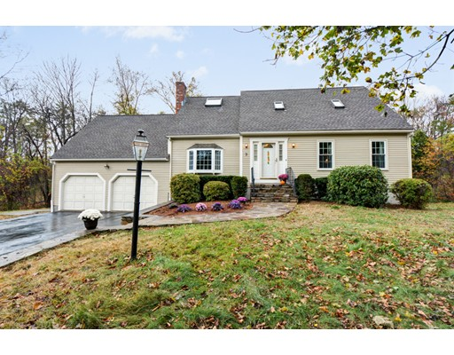Maison unifamiliale pour l Vente à 9 Heritage Road 9 Heritage Road Shrewsbury, Massachusetts 01545 États-Unis