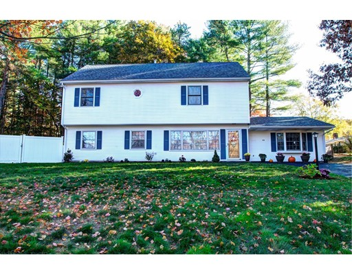 Single Family Home for Sale at 88 Concord Road 88 Concord Road Chelmsford, Massachusetts 01824 United States
