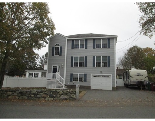 Casa Unifamiliar por un Venta en 53 Martin Street 53 Martin Street Lowell, Massachusetts 01854 Estados Unidos