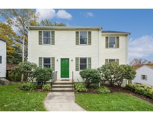 Vivienda unifamiliar por un Venta en 29 Furbush Road 29 Furbush Road Boston, Massachusetts 02132 Estados Unidos