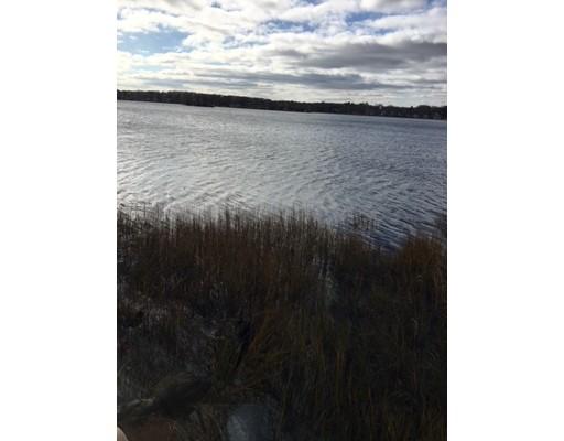 شقة للـ Rent في 188 Ocean view Ave #1 188 Ocean view Ave #1 Swansea, Massachusetts 02777 United States