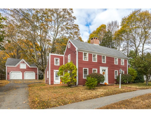 Single Family Home for Sale at 71 Prospect Street 71 Prospect Street Wakefield, Massachusetts 01880 United States