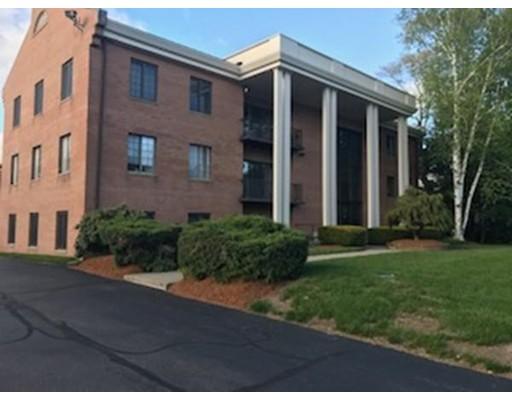 Кондоминиум для того Продажа на 31 Church Green 31 Church Green Taunton, Массачусетс 02780 Соединенные Штаты