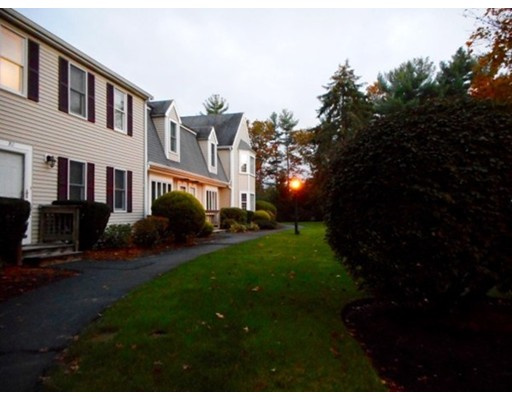 Condominio por un Venta en 547 Washington Street 547 Washington Street Pembroke, Massachusetts 02359 Estados Unidos