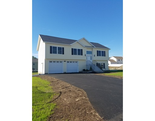Single Family Home for Sale at 6 Brianna Drive Webster, Massachusetts 01570 United States