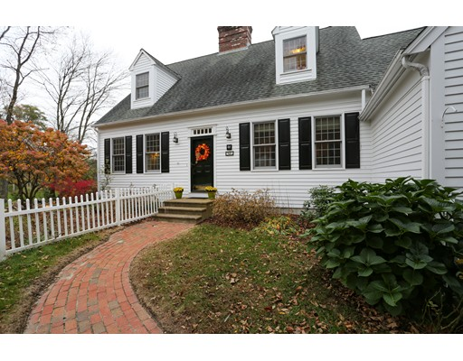 Single Family Home for Sale at 44 Winter Street 44 Winter Street Northborough, Massachusetts 01532 United States