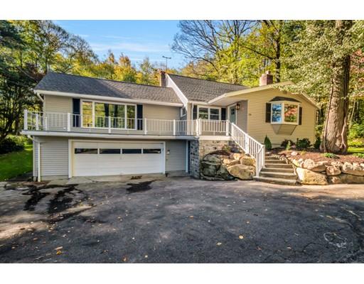 独户住宅 为 销售 在 28 Oakhurst Road 28 Oakhurst Road 霍普金顿, 马萨诸塞州 01748 美国