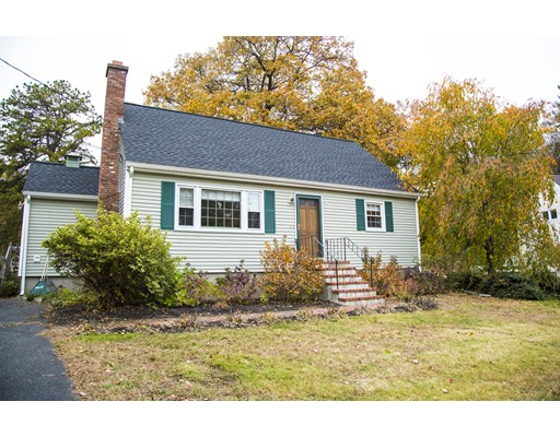 Частный односемейный дом для того Продажа на 9 York Drive 9 York Drive Hudson, Массачусетс 01749 Соединенные Штаты