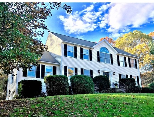 Single Family Home for Sale at 27 Townline Road 27 Townline Road Franklin, Massachusetts 02038 United States