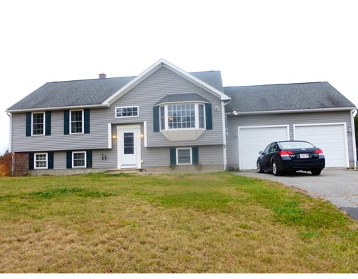 Single Family Home for Sale at 116 Bayberry Circle Winchendon, Massachusetts 01475 United States