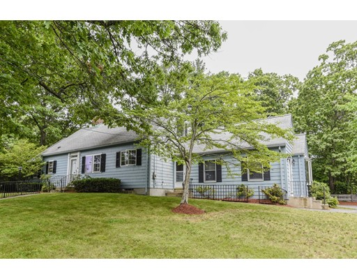 Single Family Home for Sale at 191 Walnut Street 191 Walnut Street Dedham, Massachusetts 02026 United States