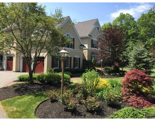 Single Family Home for Sale at 34 Winding Oaks Way 34 Winding Oaks Way Boxford, Massachusetts 01921 United States