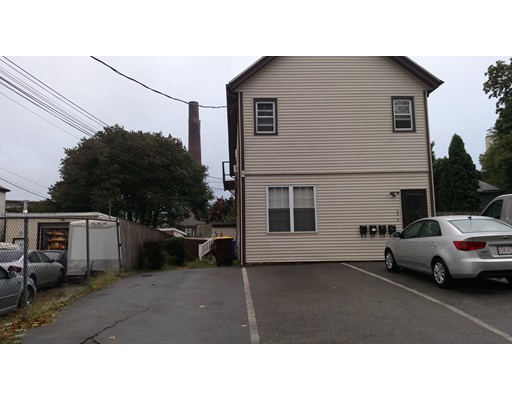 Additional photo for property listing at 57 Kay St #1 57 Kay St #1 Fall River, Massachusetts 02724 Estados Unidos