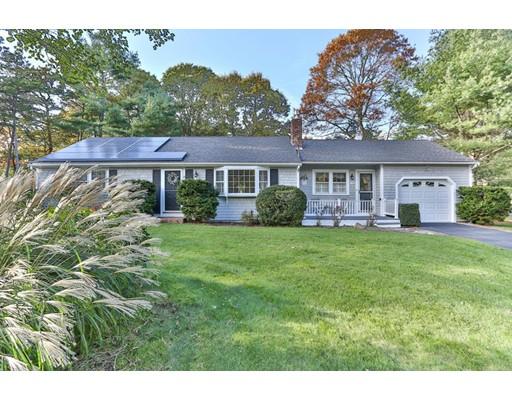 Casa para uma família para Venda às 99 King Arthur Drive 99 King Arthur Drive Barnstable, Massachusetts 02655 Estados Unidos