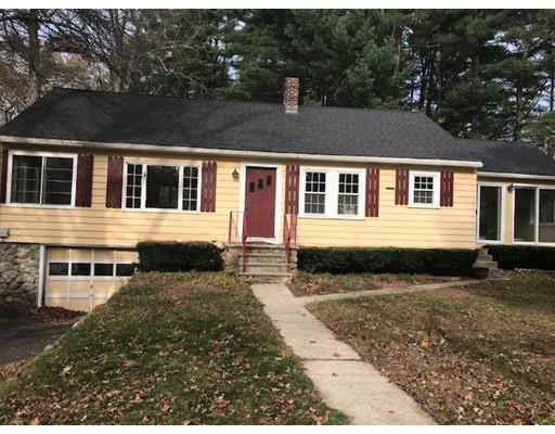 独户住宅 为 销售 在 25 Church Street 25 Church Street 厄普顿, 马萨诸塞州 01568 美国