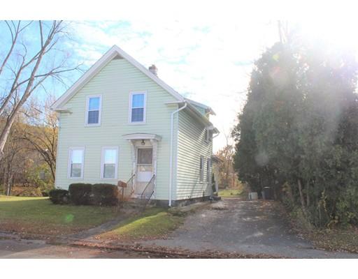 واحد منزل الأسرة للـ Sale في 21 Hampden Avenue 21 Hampden Avenue Monson, Massachusetts 01057 United States