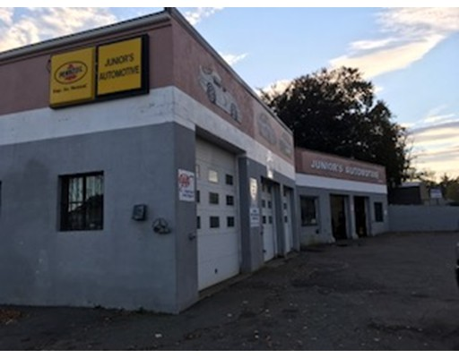 Commercial for Sale at 1318 River Street 1318 River Street Boston, Massachusetts 02136 United States
