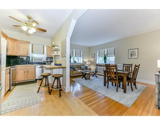 Kat Mülkiyeti için Satış at 1834 Beacon Street 1834 Beacon Street Brookline, Massachusetts 02445 Amerika Birleşik Devletleri
