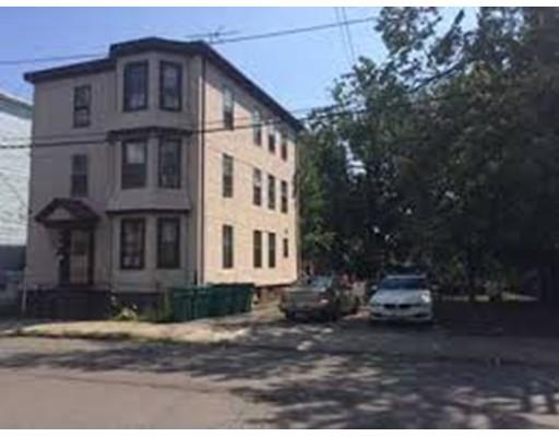 独户住宅 为 出租 在 26 Woodman Street 林恩, 01905 美国