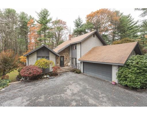 واحد منزل الأسرة للـ Sale في 420 Forest Street 420 Forest Street Dighton, Massachusetts 02764 United States