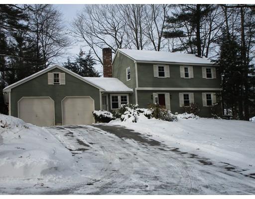独户住宅 为 销售 在 34 Pemberton Road 34 Pemberton Road Nashua, 新罕布什尔州 03063 美国