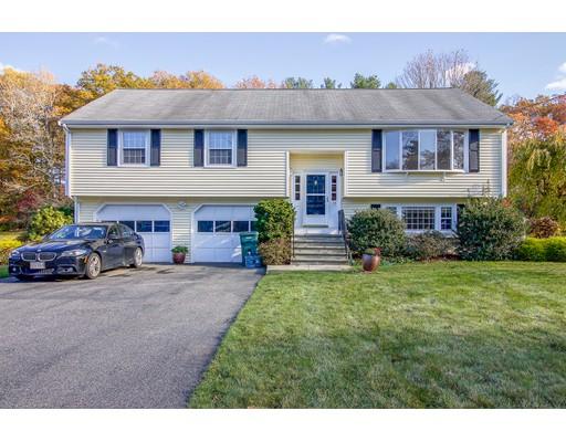 واحد منزل الأسرة للـ Sale في 23 Crestview Drive 23 Crestview Drive Millis, Massachusetts 02054 United States