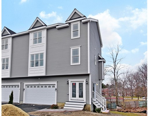 تاون هاوس للـ Rent في 194 Oak st #2 194 Oak st #2 Shrewsbury, Massachusetts 01545 United States