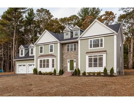 واحد منزل الأسرة للـ Sale في 11 Wood Hollow Way 11 Wood Hollow Way Hanover, Massachusetts 02339 United States
