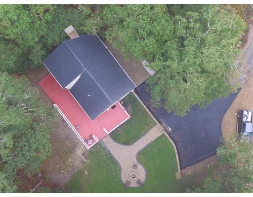 Casa Unifamiliar por un Venta en 1255 Mary Dunn Road 1255 Mary Dunn Road Barnstable, Massachusetts 02630 Estados Unidos