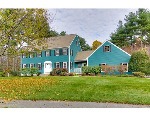 Single Family Home for Sale at 33 Willow Brook Road 33 Willow Brook Road Holden, Massachusetts 01520 United States