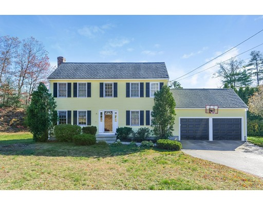 Single Family Home for Sale at 15 Centerville Lane 15 Centerville Lane Bellingham, Massachusetts 02019 United States