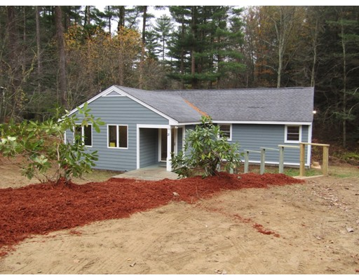Single Family Home for Sale at 21 Dug Hill Road 21 Dug Hill Road Holland, Massachusetts 01521 United States