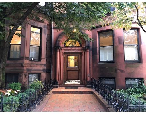 Casa Unifamiliar por un Alquiler en 280 Commonwealth Avenue Boston, Massachusetts 02116 Estados Unidos